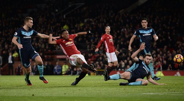 Premier League  Manchester United 2×1 Middlesbrough – o duelo tático ... 83ddc4c83a52f